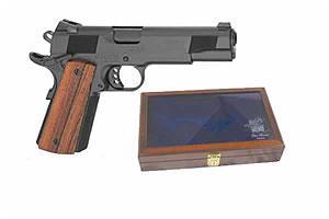 Les Baer Custom SRP (Swift Response Pistol) Model 45ACP LBP2121